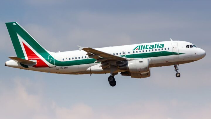 Italy's Largest Airline Set To End Operations For Good In October