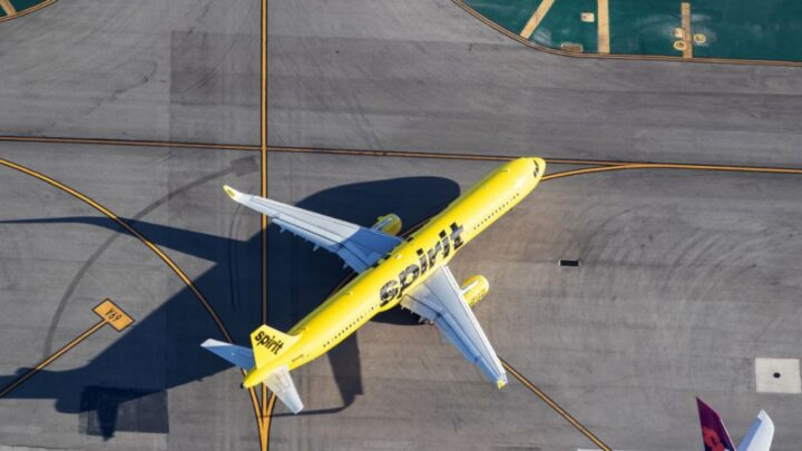 Sprit CEO Says Recovery On The Way As Thousands Of Flights Canceled