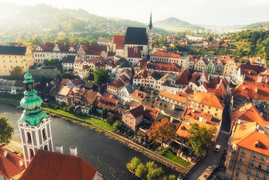 Unvaccinated Americans Can No Longer Visit The Czech Republic