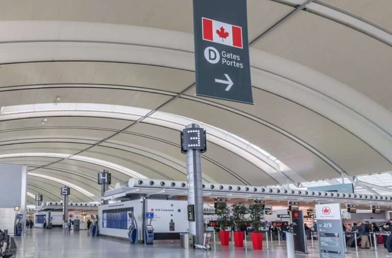 What American Tourists Will Need To Enter Canada On Monday