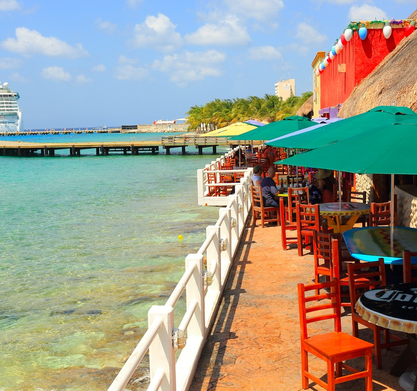 restaurant at a cruise dock on a sunny day