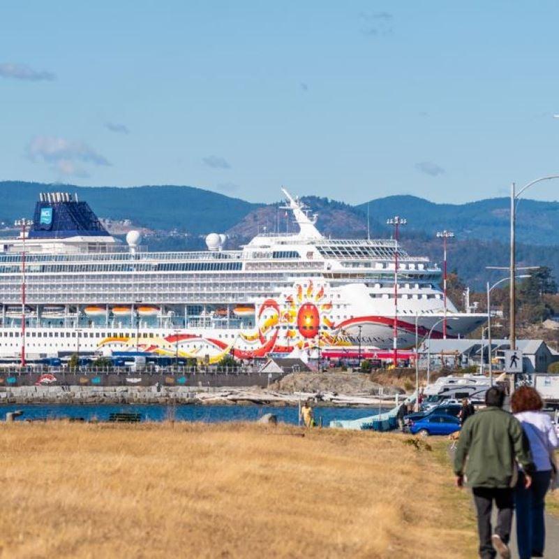 norwegian sun ship