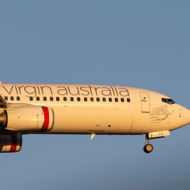 virgin australia airplane