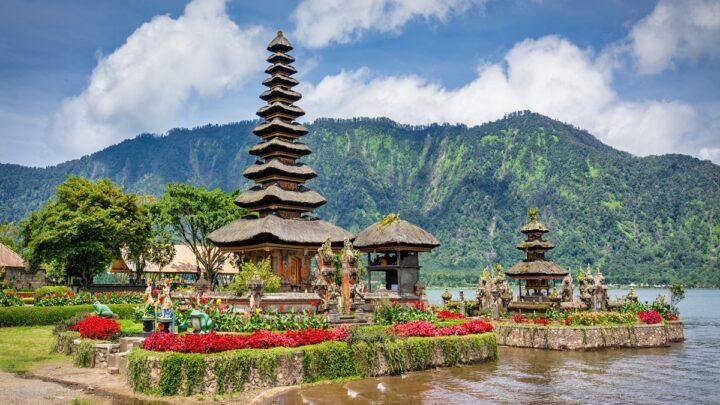 Indonesia Considers Reopening Bali In October