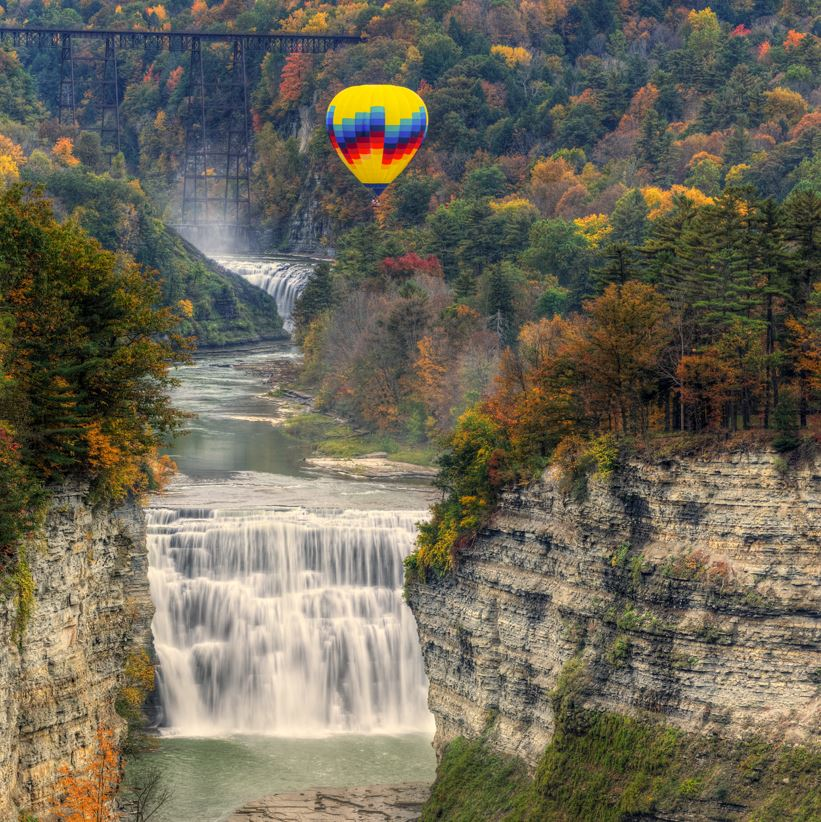 Letchworth state park balloon ride over gorge