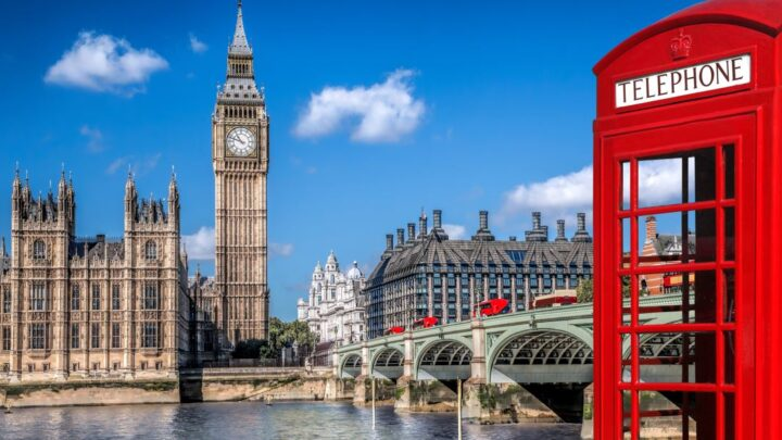 UK Companies Surge In Holiday Bookings Following Updated Travel Restrictions