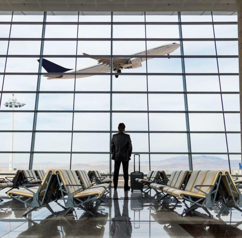 traveler us airport