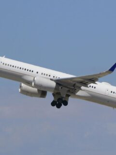United Fined For Tarmac Delays As Employees File Lawsuit