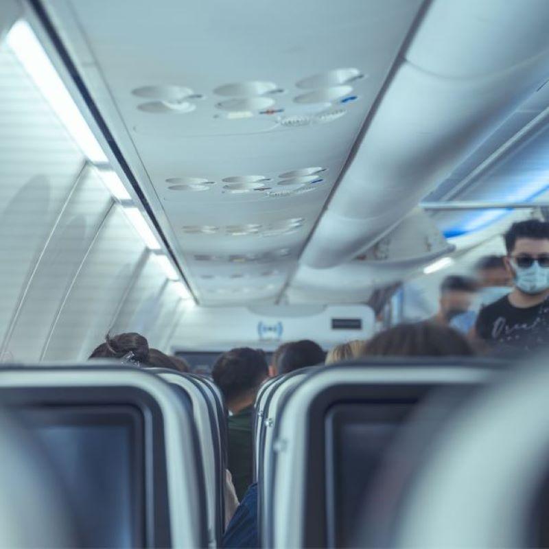 boarding flight cabin mask