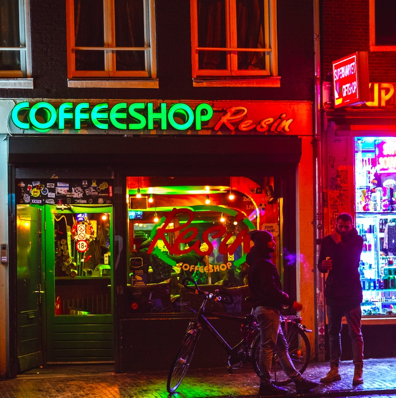 Amsterdam, Netherlands. Amsterdam is famous for its vibrant and diverse nightlife. Amsterdam has many cafẻs (bars). They range from large and modern to small and cozy. Under the drug policy of the Netherlands, the sale of cannabis products in small quantities is allowed by licensed coffeeshops. The majority of these also serve drinks and food.
