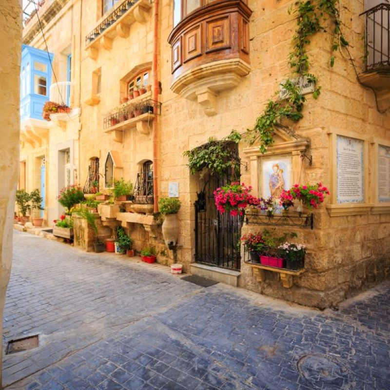 malta alley street