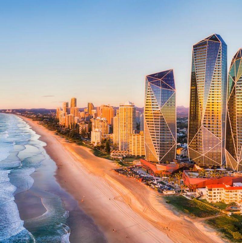queensland surfers paradise australia beach