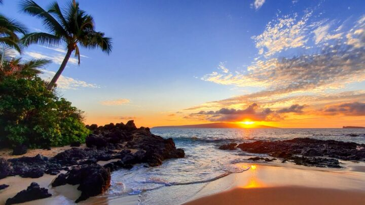 Hawaii Extends Its Covid-19 Restrictions 60 More Days