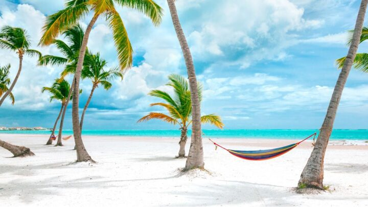 Top Sunny Destinations Open For American Tourists This Winter