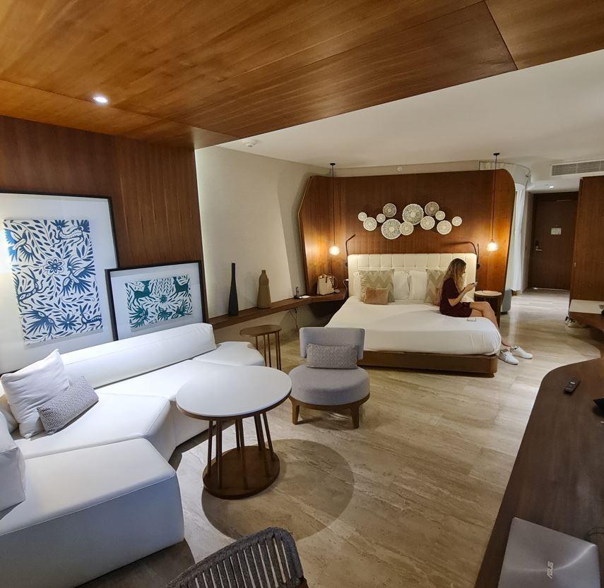 cancun hotel room