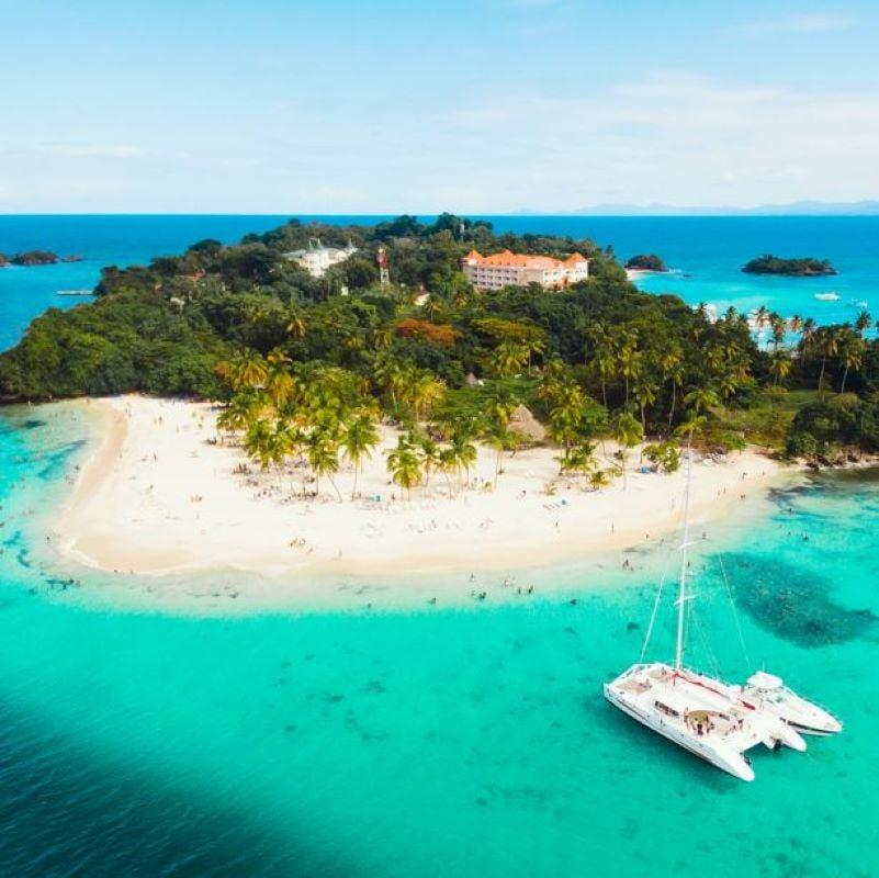 dominican republic island boat