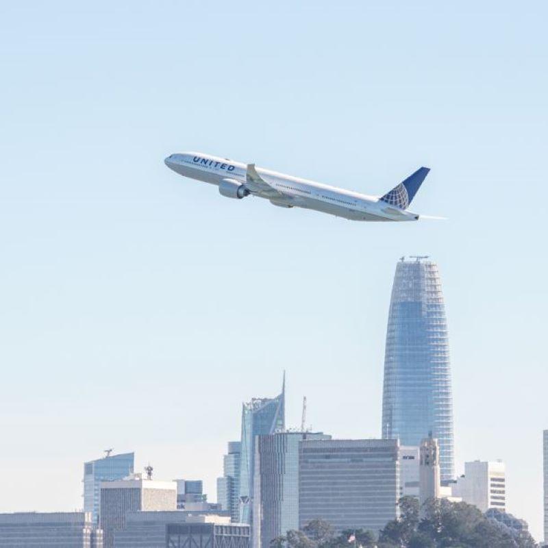 united aircraft mid flight